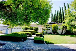Photo of 732 Wisteria Dr, FREMONT, CA 94539 (MLS # 40875058)