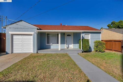 Photo of 188 Avon St, PITTSBURG, CA 94565 (MLS # 40928062)