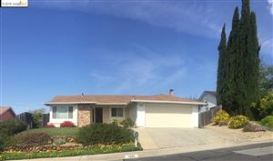 Photo of 1088 Alamo Ct, PITTSBURG, CA 94565 (MLS # 40869063)