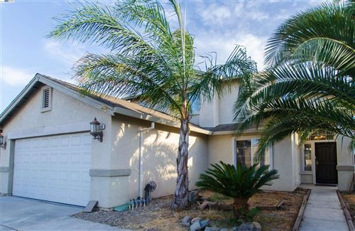 Photo of 306 Aspenwood Ave, Lathrop, CA 95330 (MLS # 40971063)