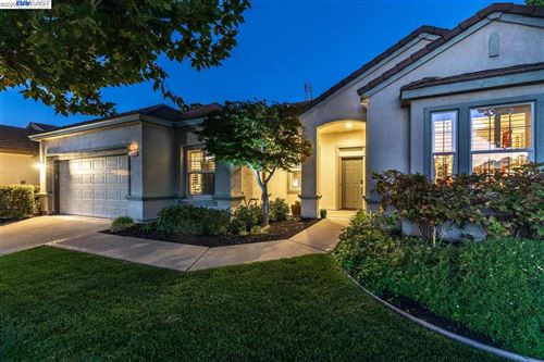 Photo of 460 Tayberry Ln, BRENTWOOD, CA 94513 (MLS # 40926064)