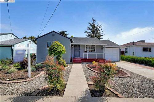 Photo of 484 Nabor Street, SAN LEANDRO, CA 94578-3937 (MLS # 40945064)