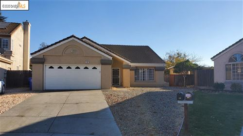 Photo of 44 Stony Hill Ct, OAKLEY, CA 94561 (MLS # 40930065)