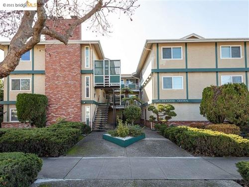 Photo of 2000 Central Ave #L, ALAMEDA, CA 94501 (MLS # 40934065)