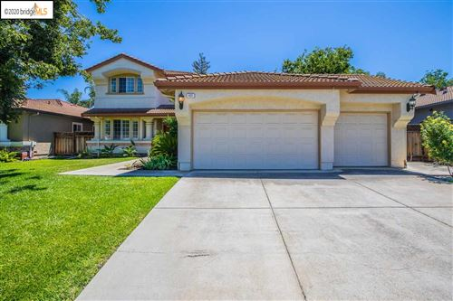 Photo of 422 Pecan Place, BRENTWOOD, CA 94513-1911 (MLS # 40911068)