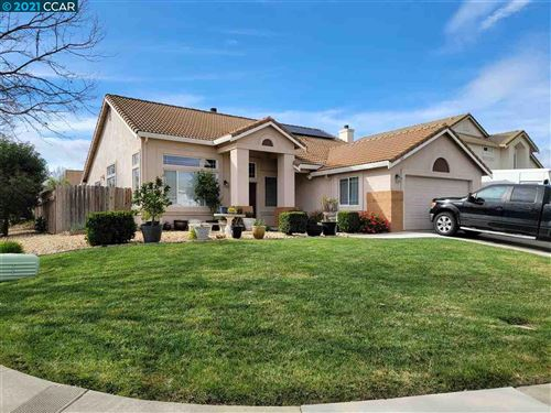 Photo of 300 Perkins Ct, SUISUN CITY, CA 94585 (MLS # 40938069)