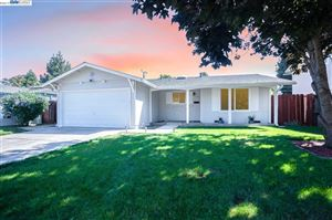 Photo of 4248 Ogden Dr, FREMONT, CA 94538 (MLS # 40885070)