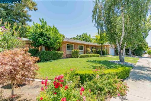 Photo of 1680 Claycord Ave, CONCORD, CA 94521 (MLS # 40911071)