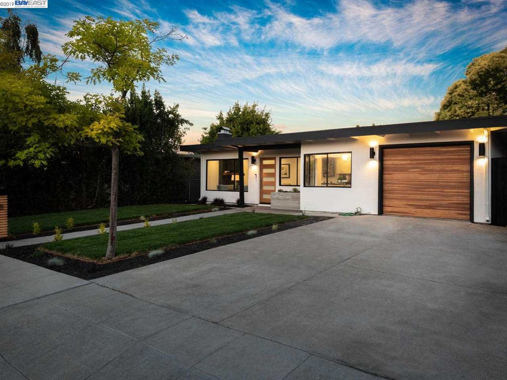 Photo for 1368 Sevier Ave, MENLO PARK, CA 94025 (MLS # 40886072)