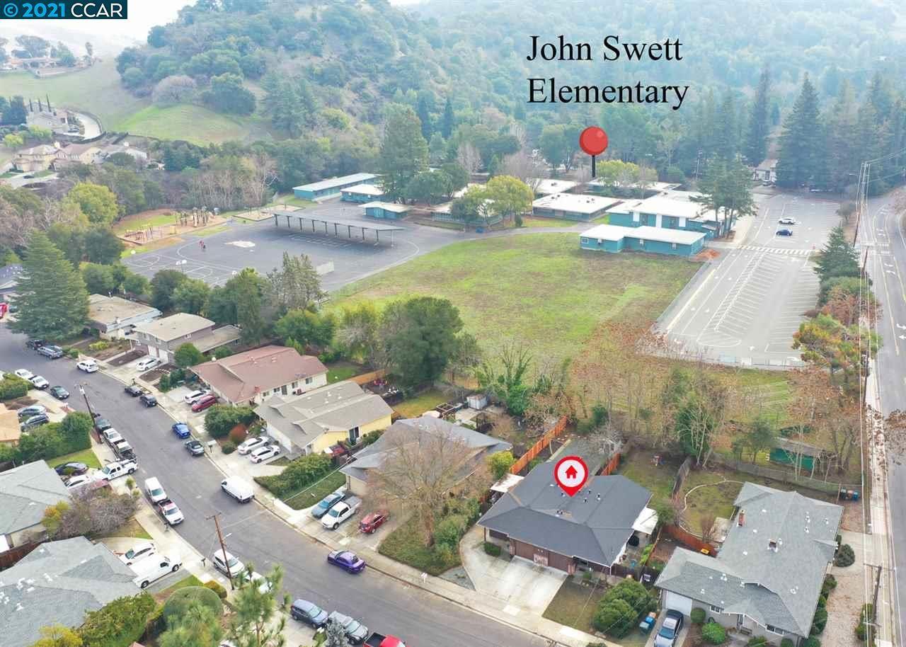 Photo of 112 Gilbert Court, MARTINEZ, CA 94553 (MLS # 40934072)