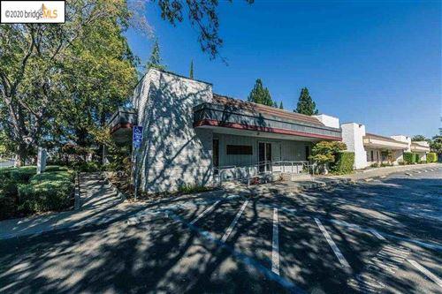 Photo of 315 E Leland Rd, PITTSBURG, CA 94565 (MLS # 40911075)