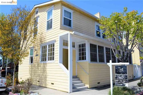 Photo of 1450 34Th St, OAKLAND, CA 94608 (MLS # 40940075)
