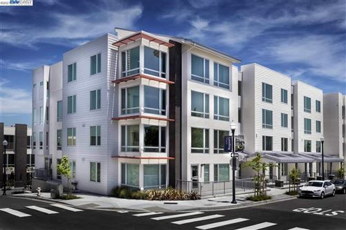 Photo of 10 Innes Ct #203, SAN FRANCISCO, CA 94124 (MLS # 40941075)