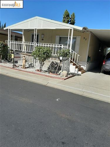 Photo of 37 Mark Lane #37, ANTIOCH, CA 94509-4415 (MLS # 40905077)