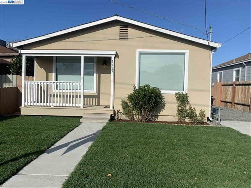 Photo of 1427 153Rd Ave, SAN LEANDRO, CA 94578 (MLS # 40890078)