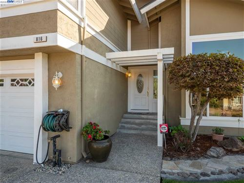 Tiny photo for 816 Kerry Court, BENICIA, CA 94510-3663 (MLS # 40925078)