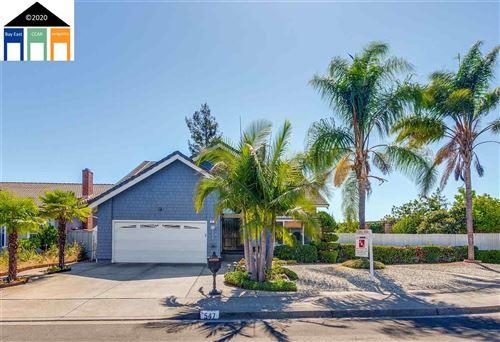 Photo of 547 Dahlia Ct, SAN LEANDRO, CA 94578 (MLS # 40923079)