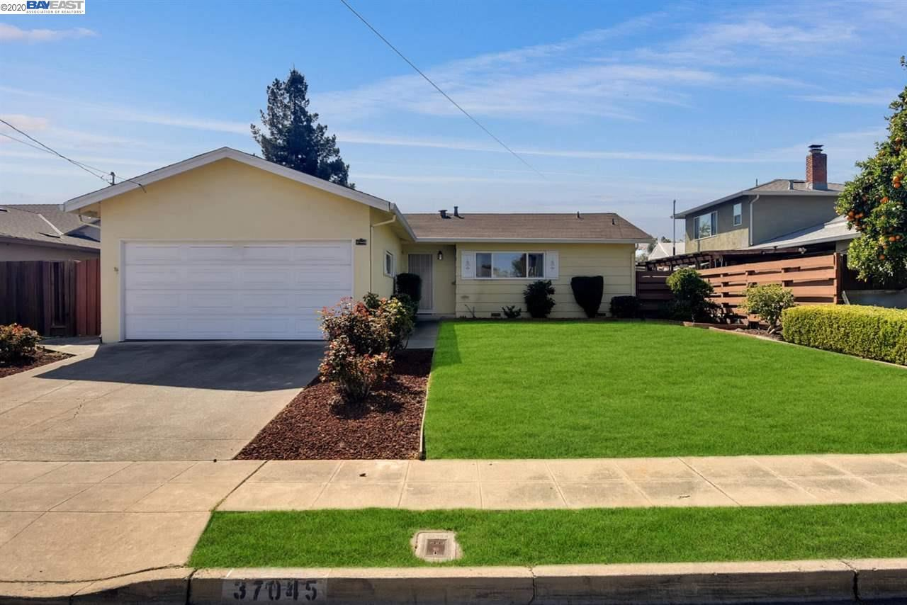 Photo for 37045 Saint Christopher St, NEWARK, CA 94560 (MLS # 40898079)