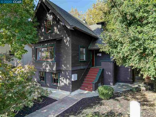 Photo of 4953 Desmond St, OAKLAND, CA 94618 (MLS # 40924081)
