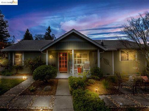 Photo of 990 Maytum Avenue, SEBASTOPOL, CA 95472 (MLS # 40941081)