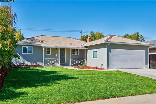 Photo of 7360 Putnam Way, Sacramento, CA 95822 (MLS # 40971082)