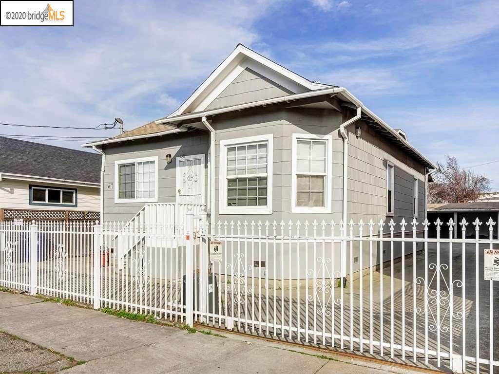 Photo of 530 Harbour Way, RICHMOND, CA 94801 (MLS # 40903082)