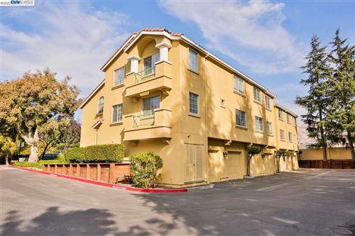 Photo of 209 Sunnyhills Ct, MILPITAS, CA 95035 (MLS # 40929084)