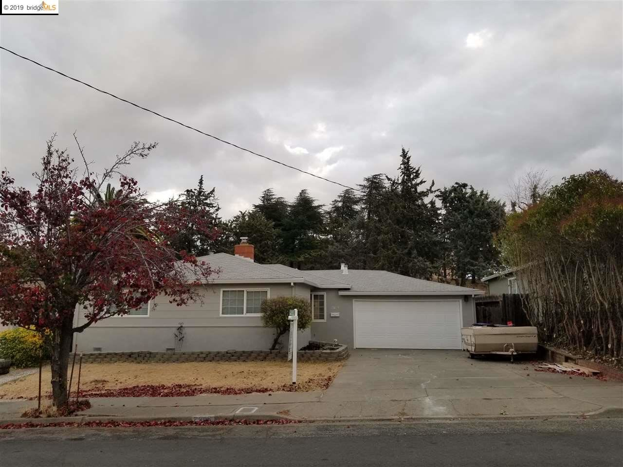 Photo for 2905 Alcala St, ANTIOCH, CA 94509 (MLS # 40889085)