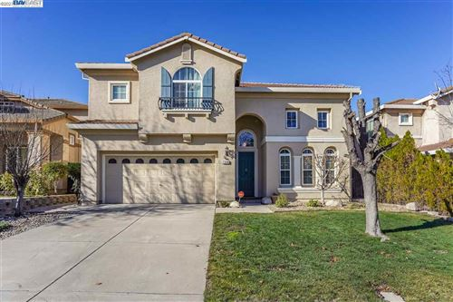 Photo of 2604 Yorkshire Dr, ANTIOCH, CA 94531 (MLS # 40934086)