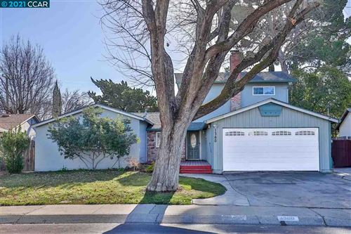 Photo of 1360 Sunshine Dr, CONCORD, CA 94520 (MLS # 40935086)