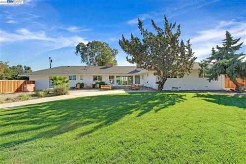 Photo of 7681 W Linne Rd, TRACY, CA 95304 (MLS # 40933087)