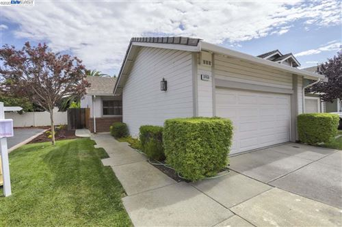 Photo of 37650 Carriage Circle Cmn, FREMONT, CA 94536 (MLS # 40907088)