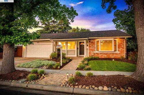 Photo of 1515 Greenwood Rd, PLEASANTON, CA 94566 (MLS # 40955088)