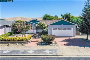 Photo of 4029 Roland Dr, CONCORD, CA 94521 (MLS # 40879090)