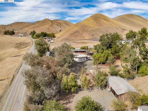 Photo of 6261 Collier Canyon Rd., LIVERMORE, CA 94551 (MLS # 40925090)