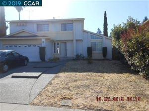 Photo of 136 Daisy Ct, HERCULES, CA 94547 (MLS # 40888091)