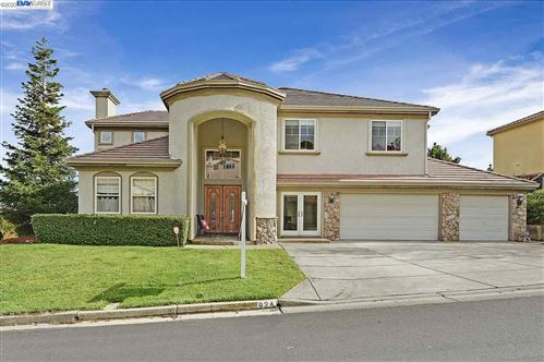 Photo of 924 Autumn Oak Cir, CONCORD, CA 94521 (MLS # 40901091)