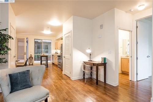 Photo of 340 29th Ave #203, OAKLAND, CA 94601 (MLS # 40890093)