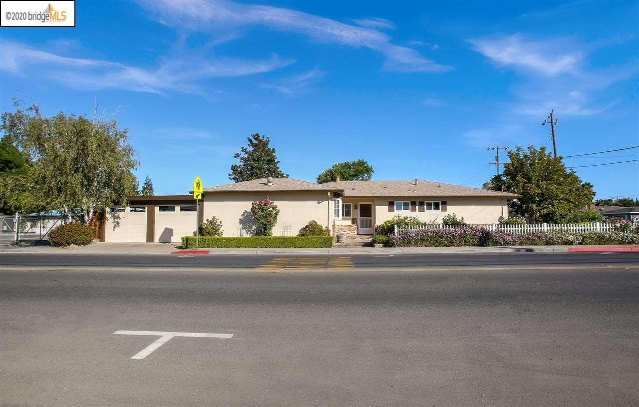 Photo of 656 4Th St, BRENTWOOD, CA 94513 (MLS # 40912093)