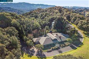 Photo of 15 Orinda View Road, ORINDA, CA 94563 (MLS # 40844095)