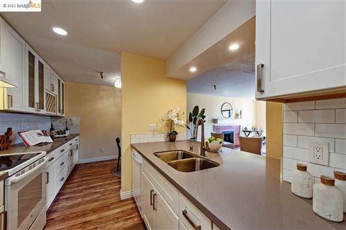 Photo of 1400 Carpentier St #317, SAN LEANDRO, CA 94577 (MLS # 40935095)