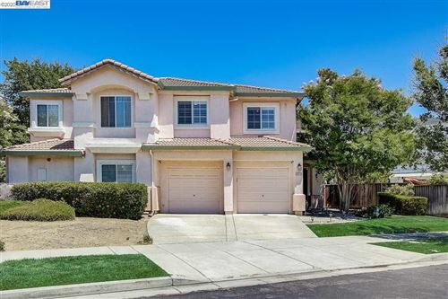 Photo of 6318 Almaden Way, LIVERMORE, CA 94551 (MLS # 40912096)