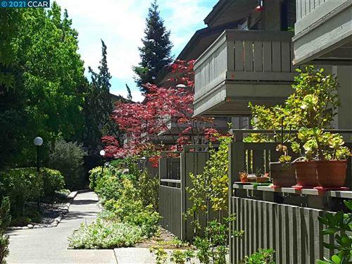 Photo of 1467 Marchbanks Dr #3, WALNUT CREEK, CA 94598 (MLS # 40954096)