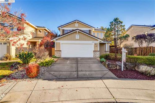 Photo of 25760 Silver Canyon Ct, CASTRO VALLEY, CA 94552 (MLS # 40932097)