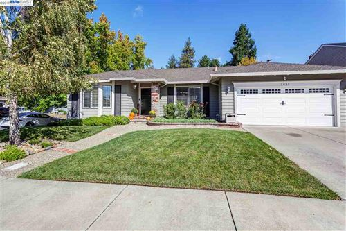 Photo of 2933 Lethbridge Ct, PLEASANTON, CA 94588 (MLS # 40884098)