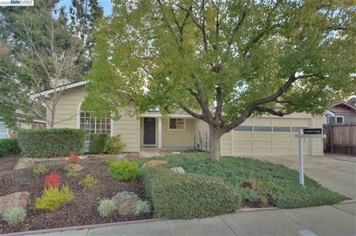 Photo of 5588 San Juan Way, PLEASANTON, CA 94566 (MLS # 40893102)