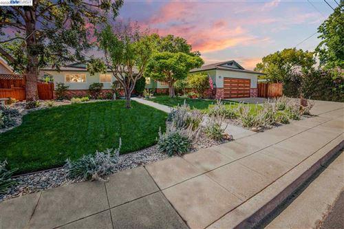 Photo of 1235 De Paul Way, LIVERMORE, CA 94550 (MLS # 40911102)