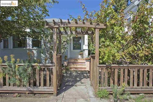 Photo of 5533 Marshall St, OAKLAND, CA 94608 (MLS # 40916102)