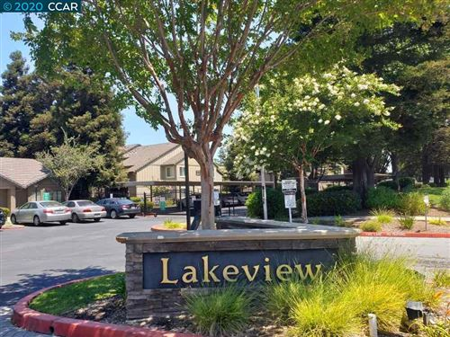 Photo of 2225 Lakeview Cir, PITTSBURG, CA 94565 (MLS # 40915103)