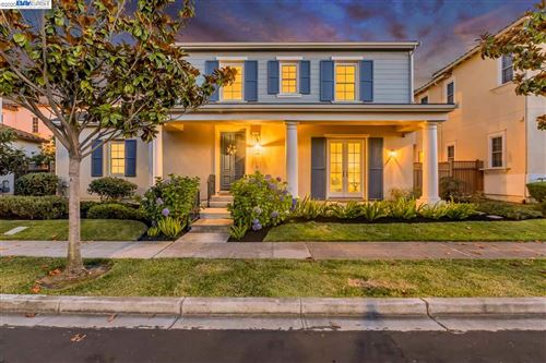 Photo of 250 Kingfisher Ave, ALAMEDA, CA 94501 (MLS # 40912104)